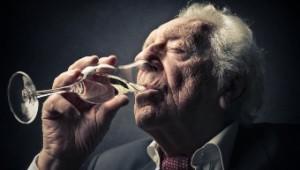 Alkohol Alter klein