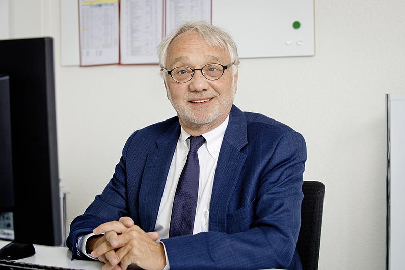 Tamas Media Dr. Prof. Stahel