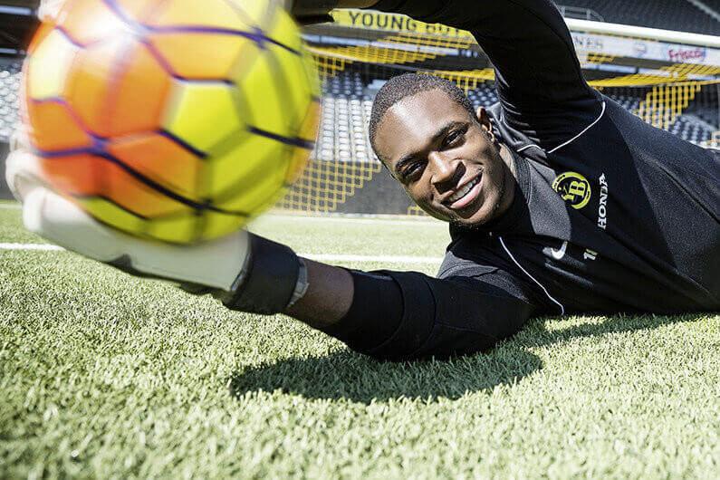 YB Goalie Yvon Mvogo_37