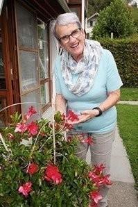 TENS_Theres Wüthrich Blumen