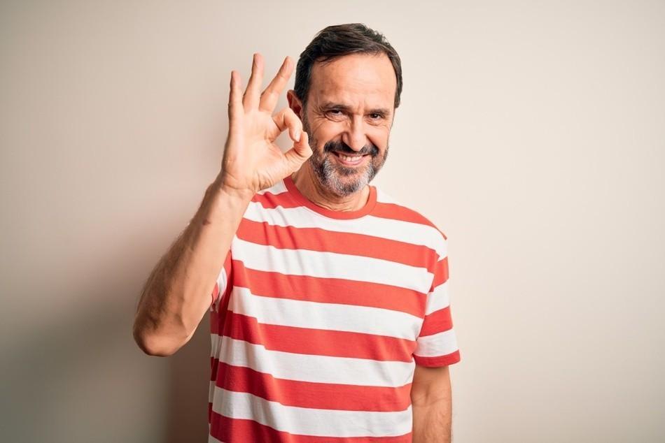 Mann glücklich Bild AdobeStock Urheber krakenimages