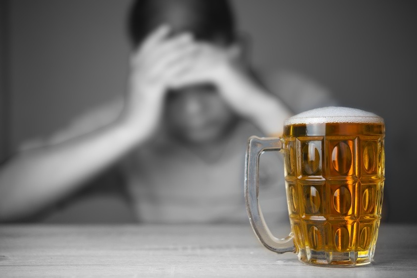 Alkoholproblem Bild AdobeStock Urheber maew
