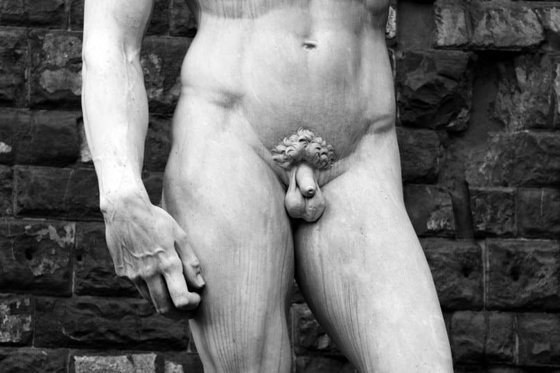 Position kleiner Penis Bild AdobeStock Urheber Gloria Groziak