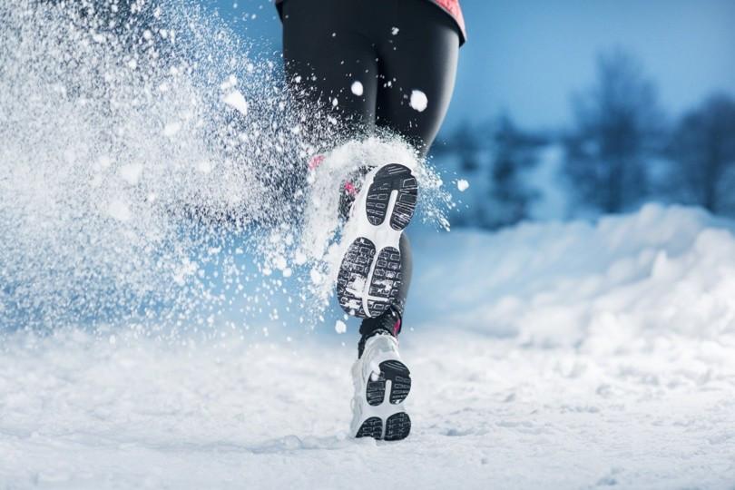 Sport in der Kälte News Bild AdobeStock Urheber Halfpoint