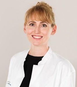 MS Dr Adriana Strakova 268